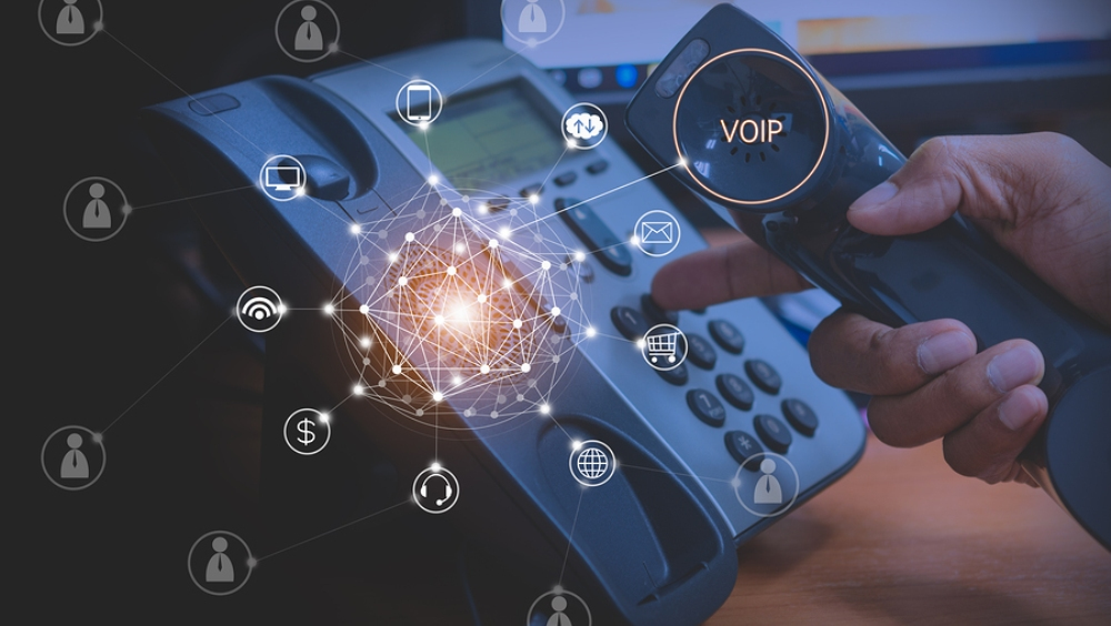 VoIP v/s Landline: which is a better solution for your business Telecom